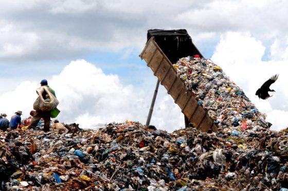 Cartilha apresenta boas práticas de gestão de resíduos sólidos urbanos em MG